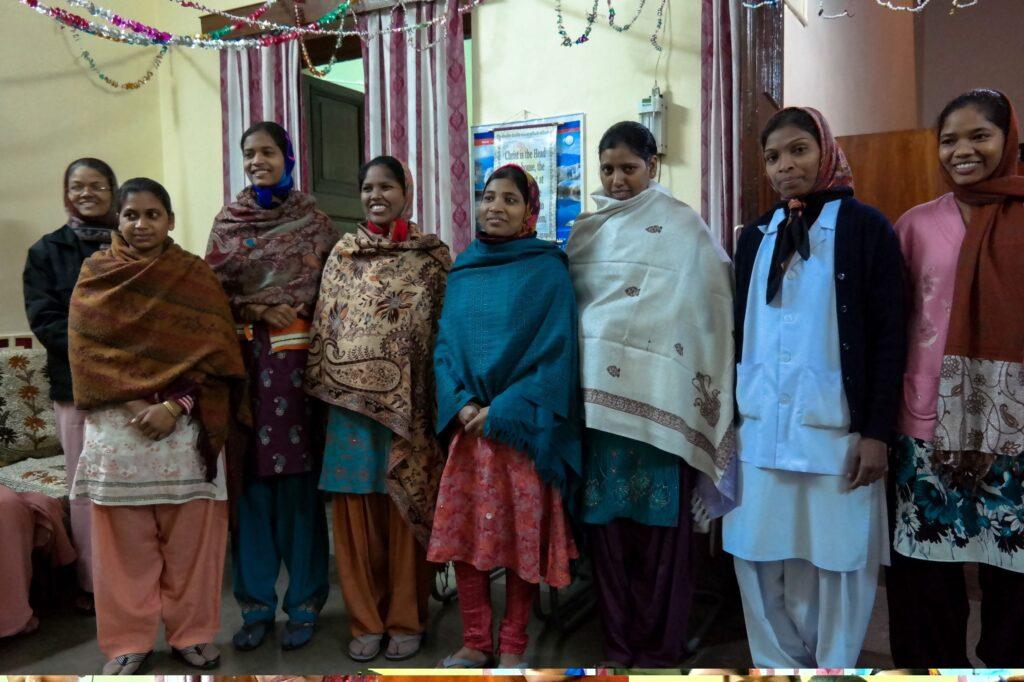 Formazione di giovani donne a operatrici sanitarie - Bihar in India 1
