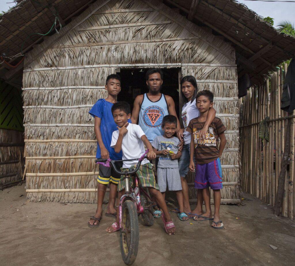 Filippine - Le famiglie dei pescatori - CERD 2