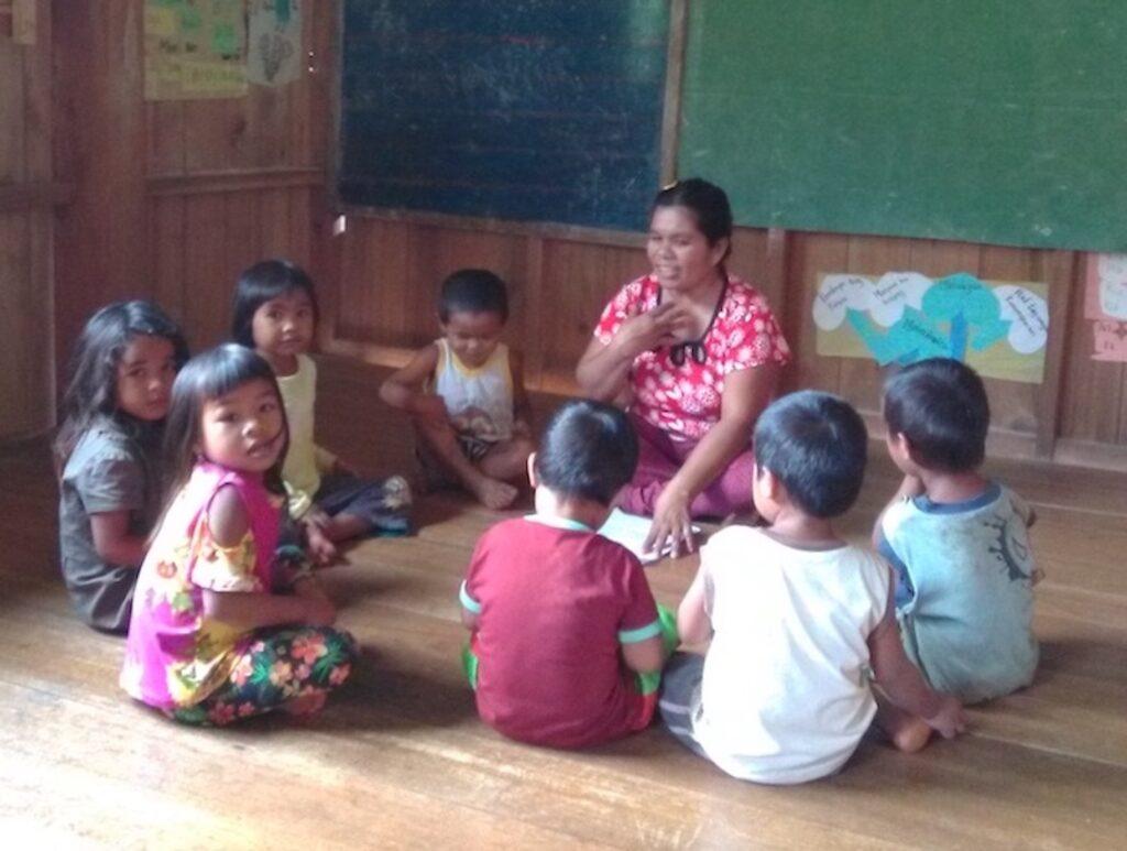 Rafforzare il personale docente indigeno e l'educazione ecologica 2